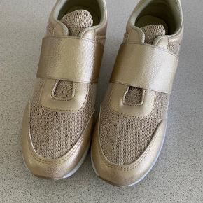 Buch Copenhagen Sneakers