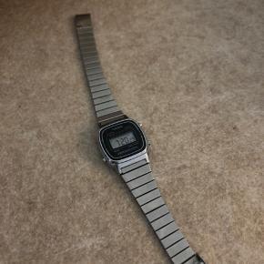 Sølv ur fra casio Dameur