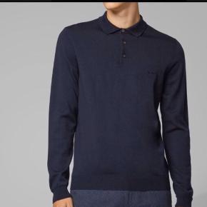 Lækker Uld Bluse Sweater Trøje Pullover i Extrafine Merino Uld - Virgin Wool.  Slim og dermed lille i størrelsen - passer også en M  Nypris 900kr