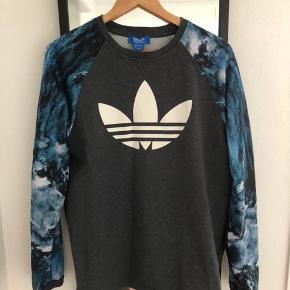 Adidas Sweater, God, men brugt. Sundbyerne - Adidas Sweater, Sundbyerne. God, men brugt, Brugt en periode og har derfor mindre tegn på brug