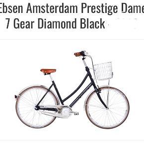 Cykel er kun lige et år gammel, har stået i tørt kælderrum og er brugt få gange.  Står som ny.  Passer hvis du er ml. 160-175 cm.  Har lygter, kurv, lås og ringklokke og 7 gear - fuldstændig køreklar.