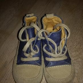 93ccb5037603 Super lækker Angulus Flex sko i str.23. Købt for små. Ny pris