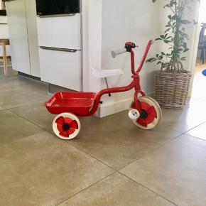 Den gode gamle Winther 3-hjulede cykel.   1 år gammel.