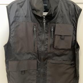 ISNURH vest