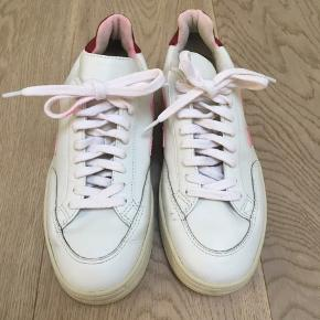 Veja sneakers in good condition.   shoes  dyed after washing.