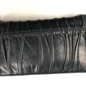 Sælger denne smukke pung, der er købt i Birger Christensen i København