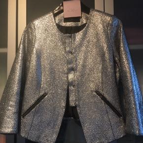 Lækker sølv jakke