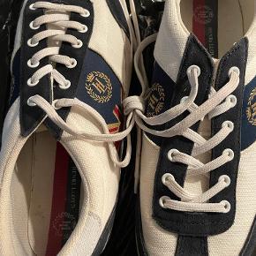 Henri Lloyd sko