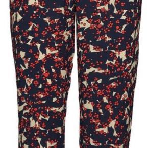 Stella Nova bukser