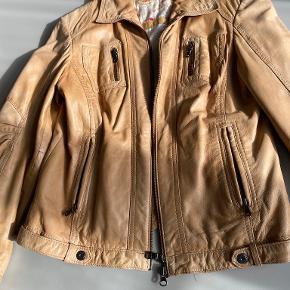 Milestone jakke