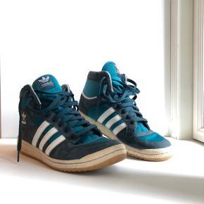 Adidas sneaks i en blå farve 💙 Str 42 2/3
