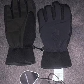 Peak perfomance ski handsker aldrig brugt fejler intet str 8 med prismærke