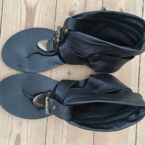 Sort læder sandaler