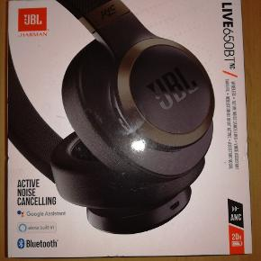 JBL bluetooth headset live650bt
