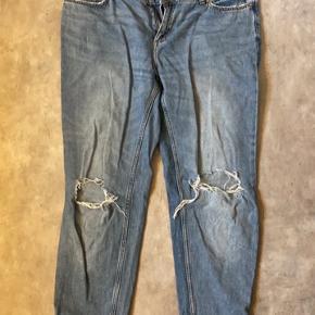Fede boyfriend jeans med huller