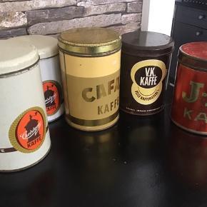 100kr stykket Flotte kaffedåser Med god aldersrelateret patina