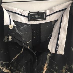 Silke bukser  Aldrig brugt Med marmor print