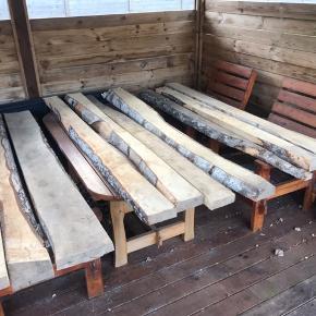 Ass. Birketræ's planker. Er du kreativ, så kan du lave en hel masse ud af disse planker. Der er 11 stk, og er i forskellige størrelser og bredder.   Afhentes i 9280 Storvorde 🌞