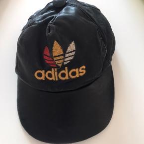 Skind cap