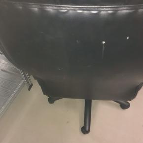 God og lækker computerstol kom gerne med et realistisk Bud