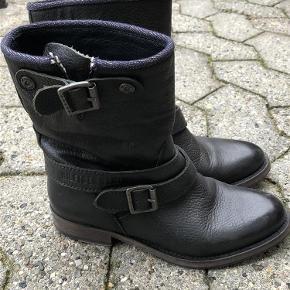 Hilfiger støvler