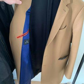 Frakke fra PS by Paul Smith. Købt i februar og næsten ikke brugt.