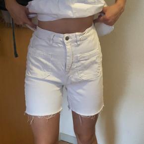 Jeans shorts fra ASOS. Næsten aldrig brugt.