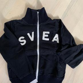 Nærmest ny trøje mrk SVEA str s sælges Kr 100