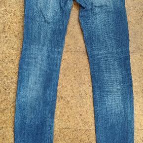 Jeans fra Lee W26 L33 Brugte med få tegn på slid