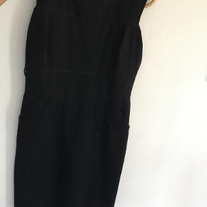 Cortefiel kjole