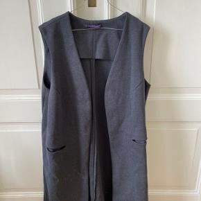 Violeta by MANGO vest
