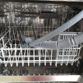 God bordopvaskemaskine virker upåklageligt 🙂