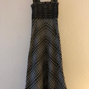 Flotteste Ganni kjole 🌸 Størrelse 34.