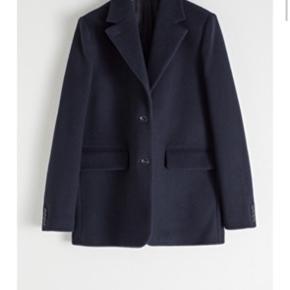 Wool Blend Oversized Blazer Nypris 1390,-  Byd