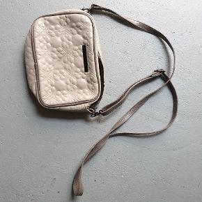 DAY Birger et Mikkelsen crossbody-taske