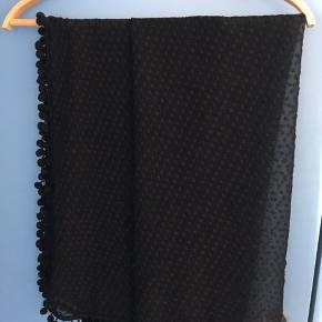 Fint tørklæde fra Stylesnob 100% silke Ca mål 100 cm x 100 cm   #30dayssellout