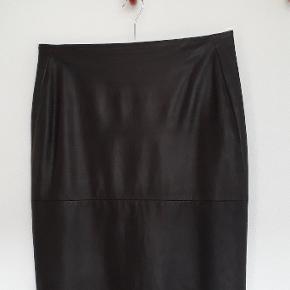 Donna Karan nederdel
