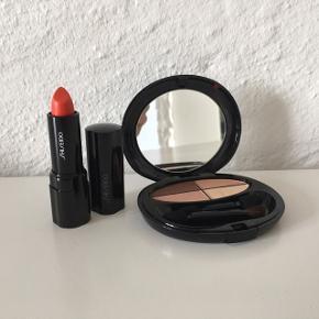 Rød læbestift og øjenskygge               Sælges enkeltvis og samlet        Prisen er pr stk. Samlet pris er 125kr                                  ☀️☀️☀️                ~ Byd gerne og skriv endelig ~             🌸 Rabat ved køb af flere ting 🌸                       👇🏻            👇🏻            👇🏻