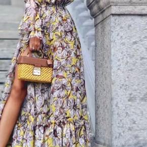 Chiffon kjole