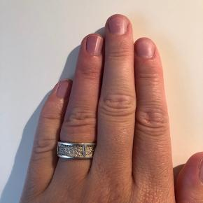 Camille Brinch Jewellery ring