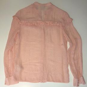 Skjorte i silke og viscose. Brugt en gang.   Jeg sender samme dag du køber! 💖