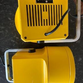 Retro lamper i gul, 2 stk, sælges samlet til 800kr