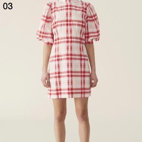 Ganni Seersucker kjole