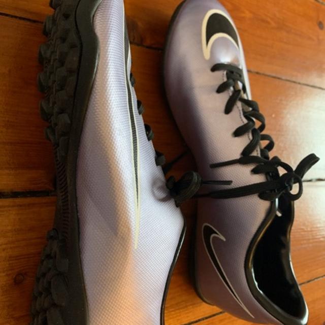 Nike hypervenom kunstgress sko selges. Str 39