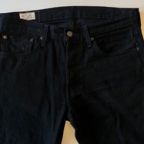 Levis 501 jeans i sort, brugt en enkelt gang