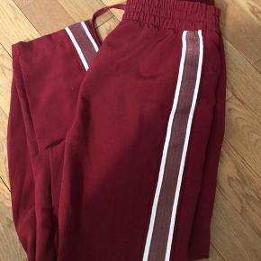 Fineste bukser fra monki brugt meget lidt 🙏🏼 str xs