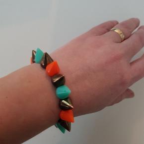 Flot armbånd i tre farver.  Fra Thailand 🙂