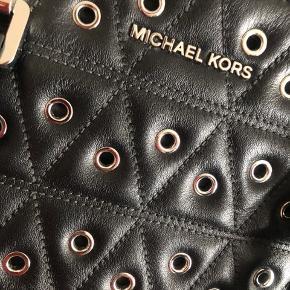 Michael Kors Two-way 28x21x13