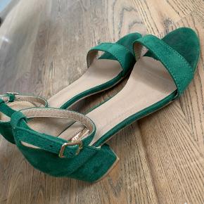 Bellucci heels