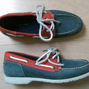 Sejlersko fra mærket Henri Lloyd Blå og røde flade sko  Sommersko i stil med Sebago Str. 37 Rød og blå flad sko